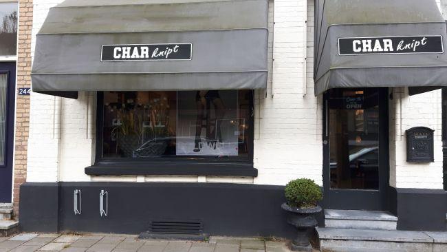 Char Knipt